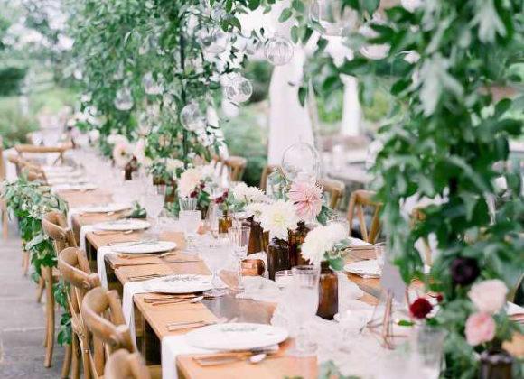 Matrimonio in verde: un parco botanico incantato